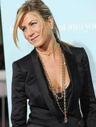 COLAR jennifer-aniston-gold-necklaces-227x300